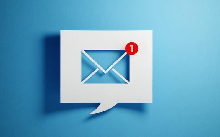 見積書はメールか書面でもらう